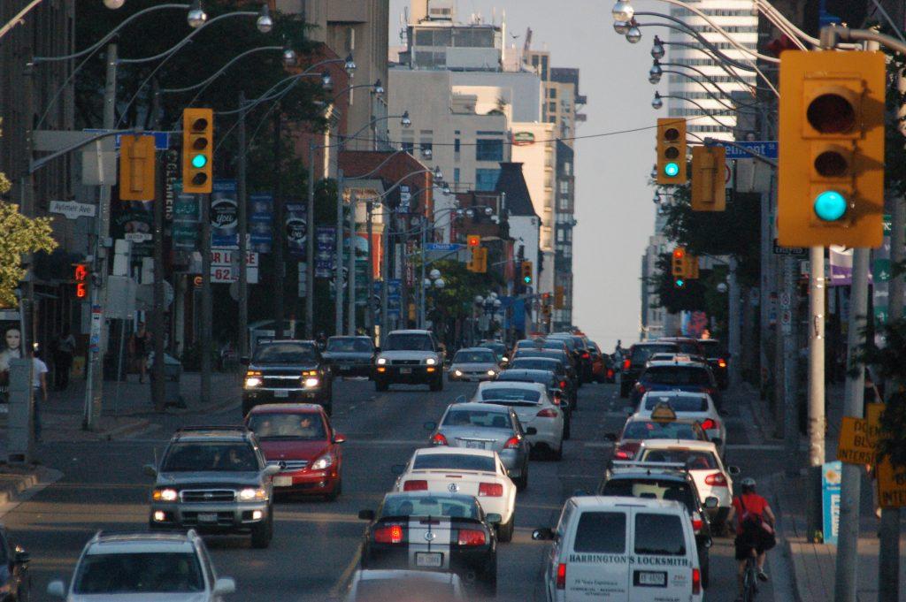 Auto fahren in Kanada - Viel Betrieb in Toronto